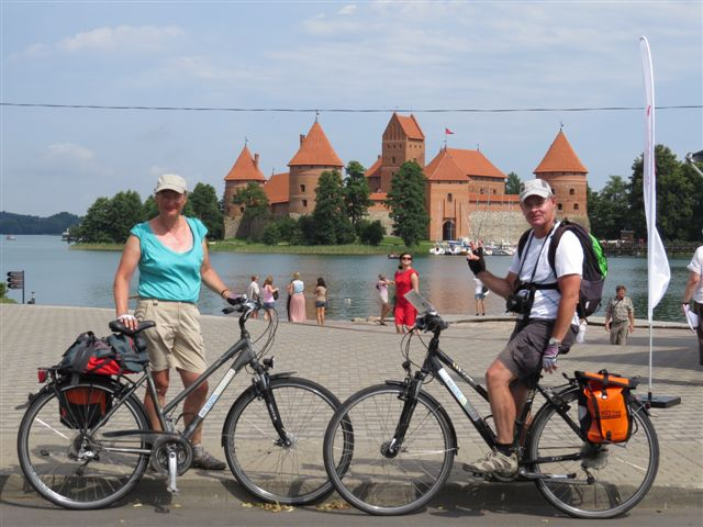 Cycle the Baltics: Lithuania, Latvia, Estonia (Vilnius-Tallinn) - 11-day self-guided supported